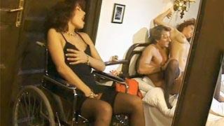 Filme pornô clássico da cadeirante excitada
