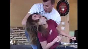 Sofi Goldfinger punida no anal forçado