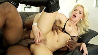 Anikka Albrite fodendo em free porno