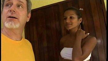 Claudia Bella do brasil em vidio porno